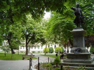 Spomenik knezu Milosu TOG Pozarevac (6)